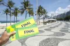 Biljetter till den sista händelsen för fotbollfotboll i Copacabana Rio Brazil Royaltyfri Foto