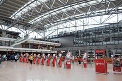 Biljettkontor på den Hamburg International flygplatsen Fotografering för Bildbyråer