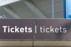 Biljettkontor på den Nuremberg fotbollsarenan royaltyfri foto