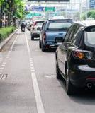 Bilkö i den dåliga trafikvägen Royaltyfri Foto