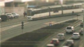 Bilkörning, lutandeförskjutning i Bucharest arkivfilmer