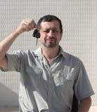 bilkunden hands nya tangenter Arkivfoto