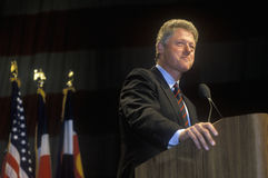 Bill Clinton adresse le rassemblement de campagne de Denver Photo libre de droits