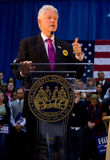 Bill Clinton dat toespraak geeft bij Universiteit Fisk Stock Foto