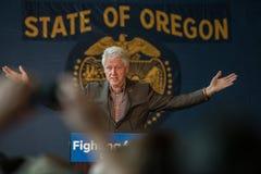Bill Clinton fiszorki dla Hillary w chyle, Oregon Fotografia Royalty Free