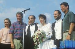 Bill Clinton och Al Gore på en bröllopceremoni Arkivbilder