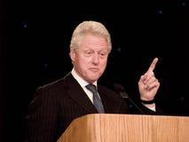 Bill Clinton spreekt Stock Afbeeldingen