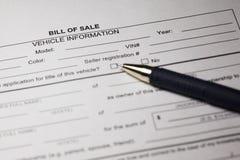 Bill do formulário e da pena da venda imagem de stock