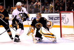 Bill Guerin and Tim Thomas Stock Photo
