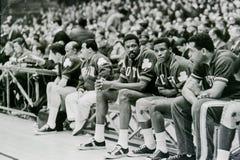 Bill Russell y kc Jones en banco de los Celtics Imagenes de archivo
