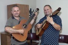 Bill-und Edwin-Doppelpunkt Zayas besuchen Yomo Toro Stockfotografie