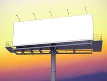 Billboard z pustym ekranem na ranku niebie Obraz Stock