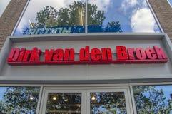 Billboarda Dirk Van De Broek supermarket Przy Amsterdam holandie 2018 obraz royalty free