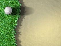 Bille de golf sur l'herbe