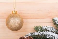 Bille de Noël d'or Photos libres de droits