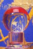 Bille en cristal colorée   Photographie stock libre de droits