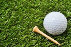 Bille et té de golf avec l'espace de copie Photos libres de droits