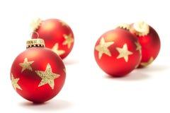 Bille rouge de Noël devant d'autres Image libre de droits