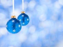 Billes de bleu de décoration de Noël Image libre de droits