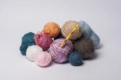 Billes de filé pour le tricotage Photo libre de droits