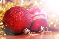 Billes de Noël Carte de Joyeux Noël Thème de Noël d'hiver Image libre de droits