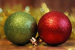 Billes de Noël Carte de Joyeux Noël Thème de Noël d'hiver Images stock