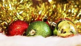 Billes de Noël Carte de Joyeux Noël Thème de Noël d'hiver Image stock
