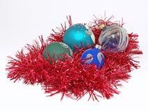 Billes de Noël. D'isolement Photo stock
