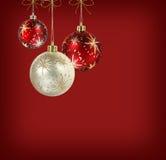 Billes de Noël rouge et blanc de satin Photographie stock