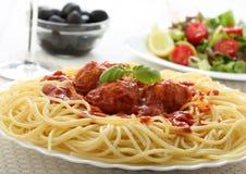 Billes de viande de spaghetti avec la tomate images libres de droits