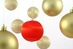 Billes s'arrêtantes de Noël Photographie stock libre de droits
