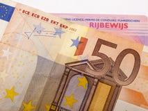 billet de banque de l'euro 50 et carte grise Image stock
