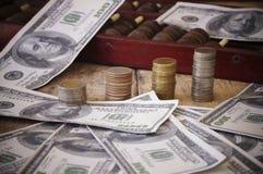 billet de banque et pièce de monnaie, argent Photographie stock