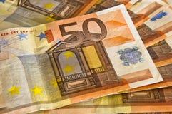 billete de banco del euro 50 en tapa Imagenes de archivo