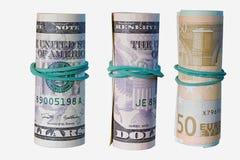 Billete de banco rodado en un fondo blanco aislado Imagen de archivo libre de regalías