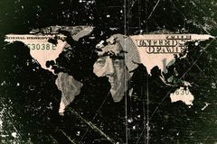 Billete de dólar y mapa del mundo Imagen de archivo