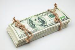 Billetes de banco atados con la cuerda Imágenes de archivo libres de regalías
