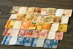 Billetes de banco brasileños de los reais Imágenes de archivo libres de regalías