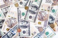 Billetes de banco del dólar americano y del zloty polaco, dinero foto de archivo