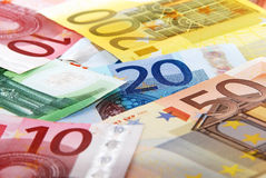 Billetes de banco euro coloridos Imagenes de archivo