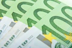 Billetes de banco euro de la macro 100 Imagen de archivo libre de regalías