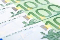 Billetes de banco euro del primer ciento Fotografía de archivo libre de regalías