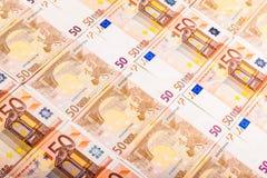 Billetes de banco euro dispuestos Imagen de archivo libre de regalías