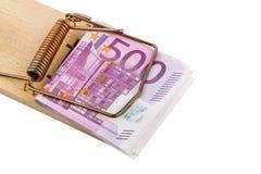 Billetes de banco euro en trampa del ratón Imagen de archivo