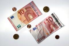10 billetes de banco euro nuevos y viejos Imágenes de archivo libres de regalías