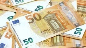 50 billetes de banco euro o cantidad del foco 4k del estante de la alfombra de las cuentas metrajes