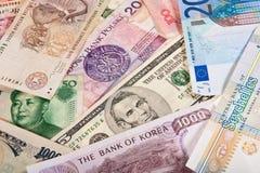 Billetes de banco globales Fotografía de archivo libre de regalías