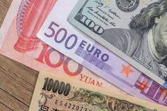 billetes de banco de los países más dominantes del mundo Imagen de archivo libre de regalías