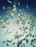 Billetes de banco que caen Fotografía de archivo