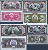 Billetes de banco viejos de 5, 20, 100 y 1000 sucres del banco central de Ecuador Foto de archivo libre de regalías